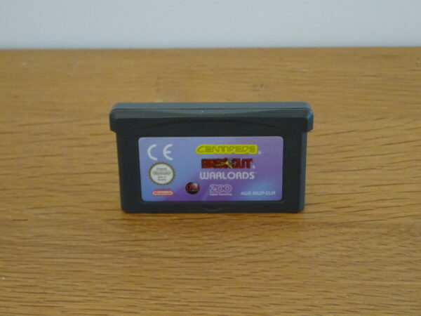 Centipede Breakout Warlords - GBA